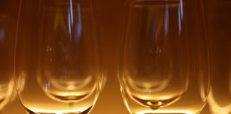 Header image for health benefits of wine listicle