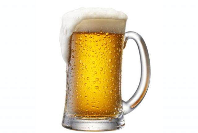 Beer image for unsobered listicle on nutritional facts about alcohol