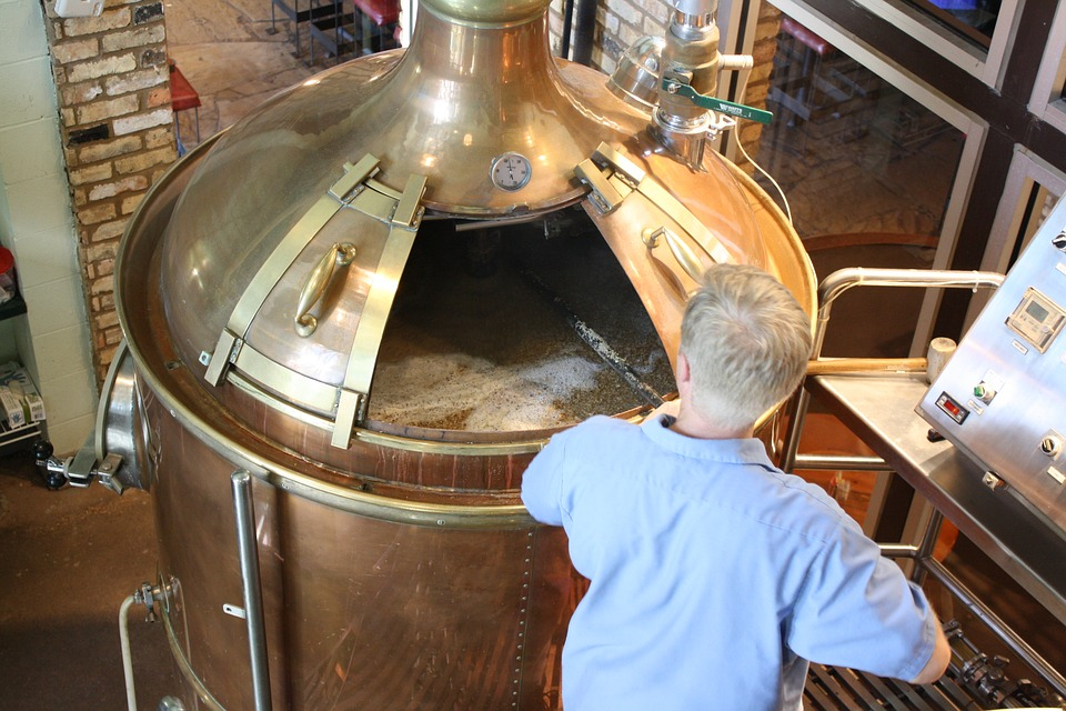 Microbrewery image for unsobered listicle on craft beer jargon