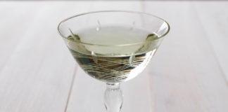 Image for unsobered listicle on dry vermouth cocktails