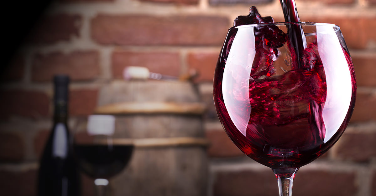 red wine image for unsobered weekly roundup