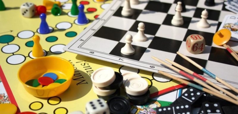 Play Awesome Board Games And Drink At These Pubs in Mumbai | Unsobered